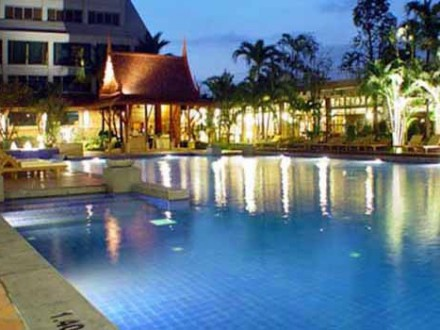 ramada-plaza-menam-riverside-hotel1