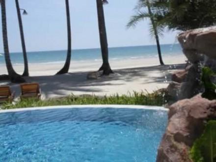 Tinkerbell Privacy Resort****